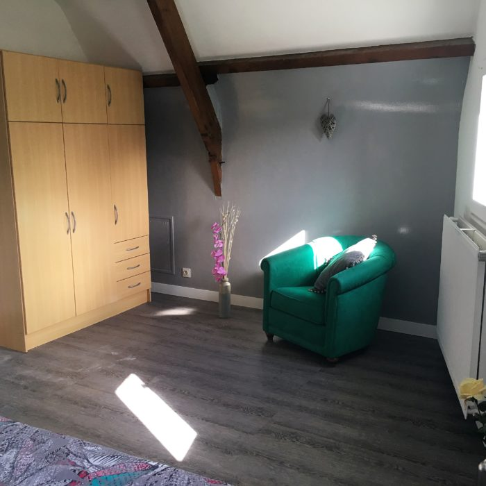 3-Chambre grise lit 160
